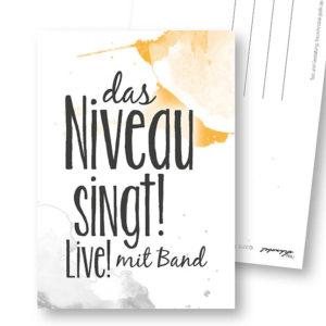Niveau lustige Postkarte Frau Schnobel Grafik Hochkantkarten