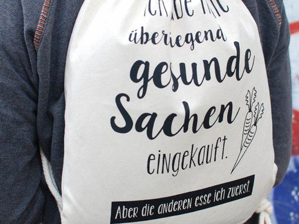 Turnbeutel Gymsac witziger Turnbeutel Organic Cotton Gesund Gesunde Sachen Natur Schwarz Tragebild Detail